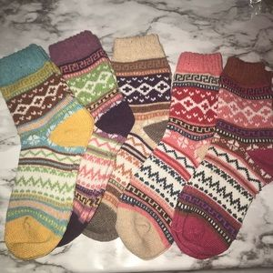 5 pairs new multicolored winter socks